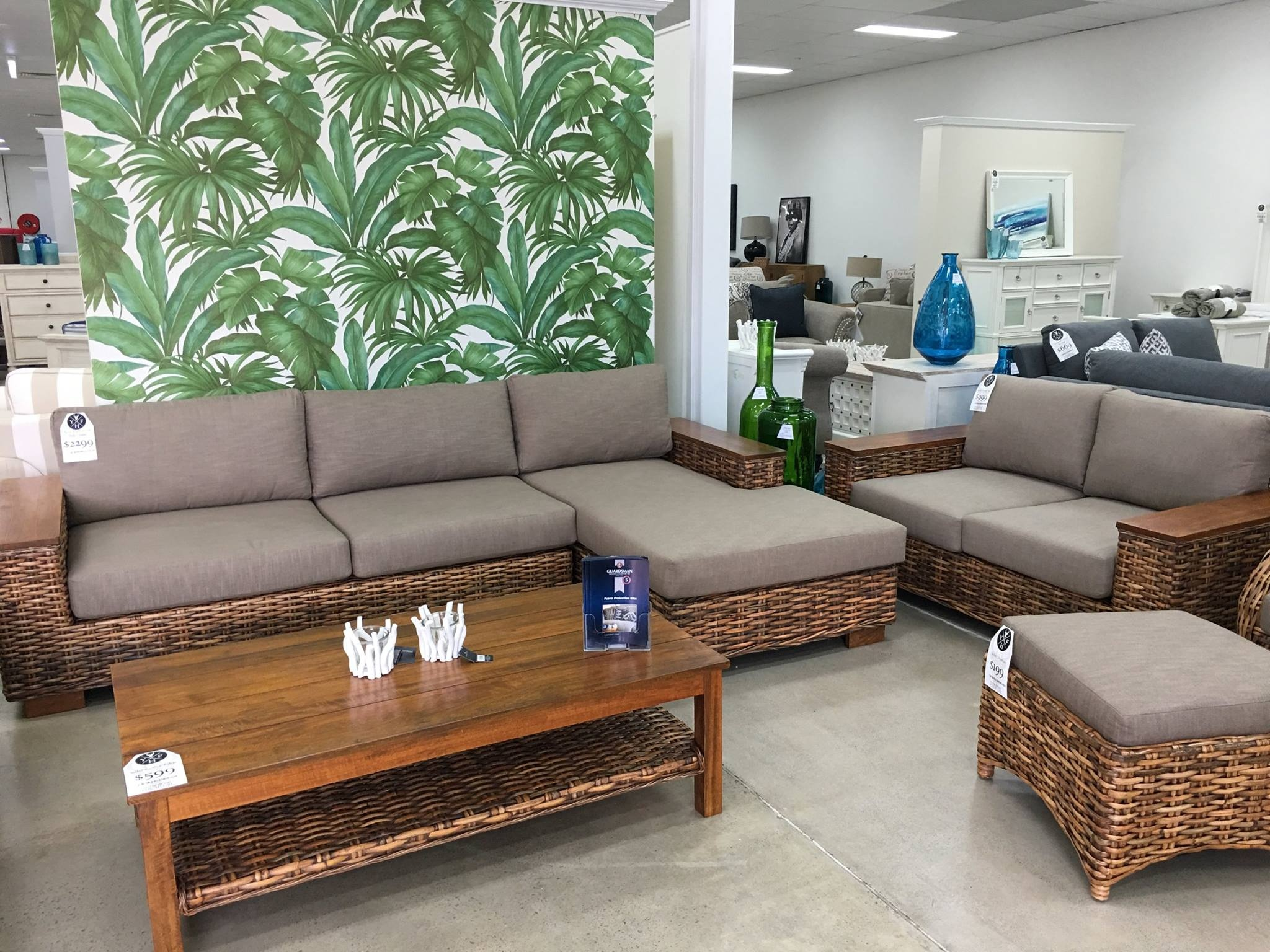 Furniture for sale sunshine coast buy and sell household for Outdoor furniture sunshine coast